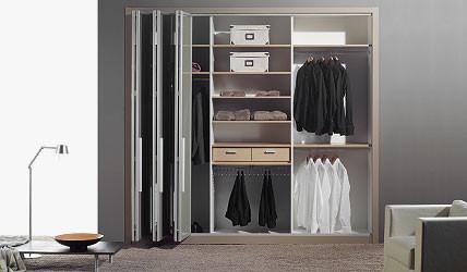 armarios con puertas plegables a medida en pamplona