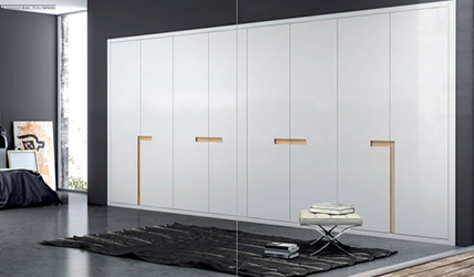 armarios con puertas batientes en pamplona